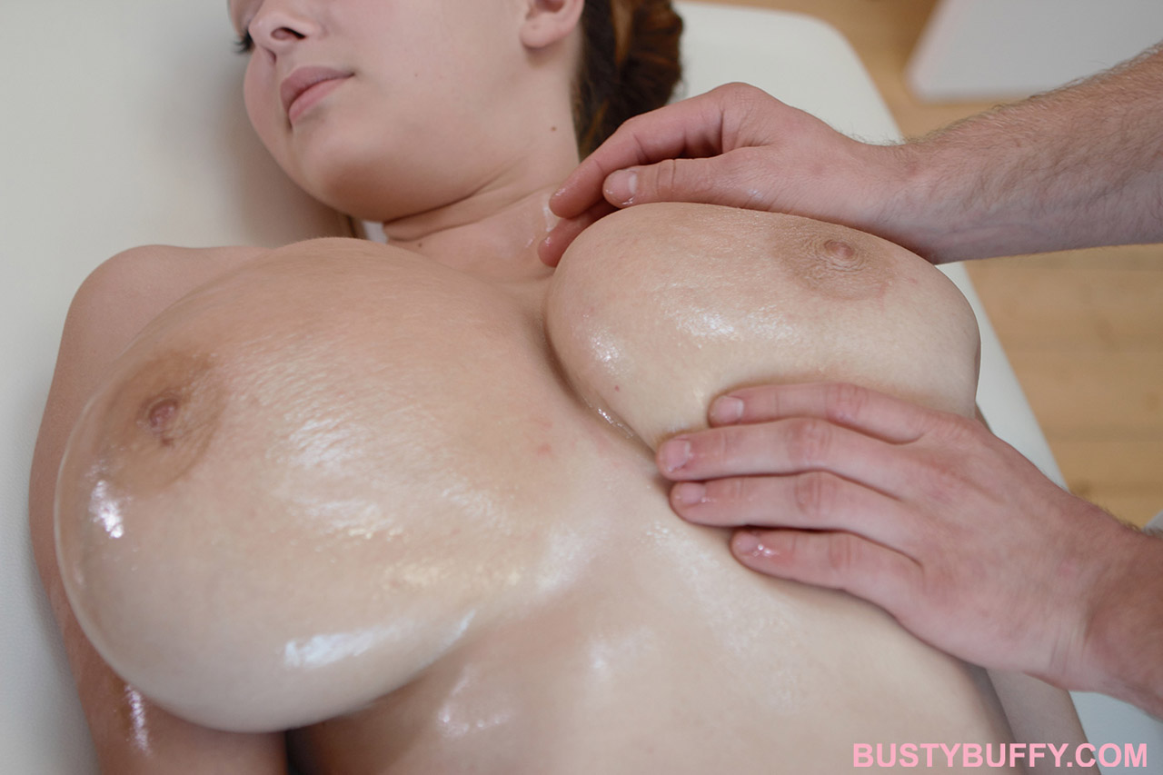 Massage big boobs